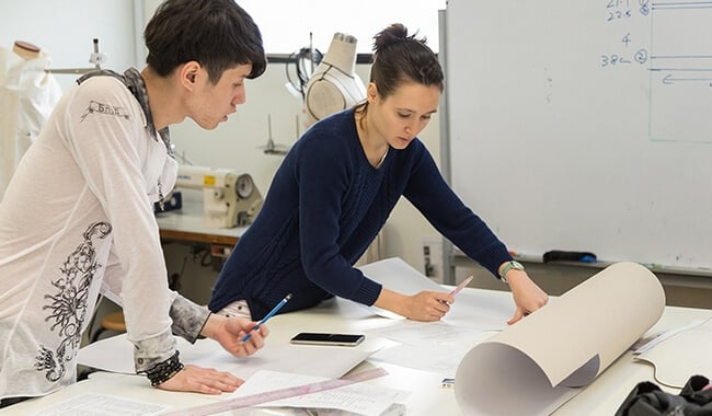 fashion industry production managers make first decisions