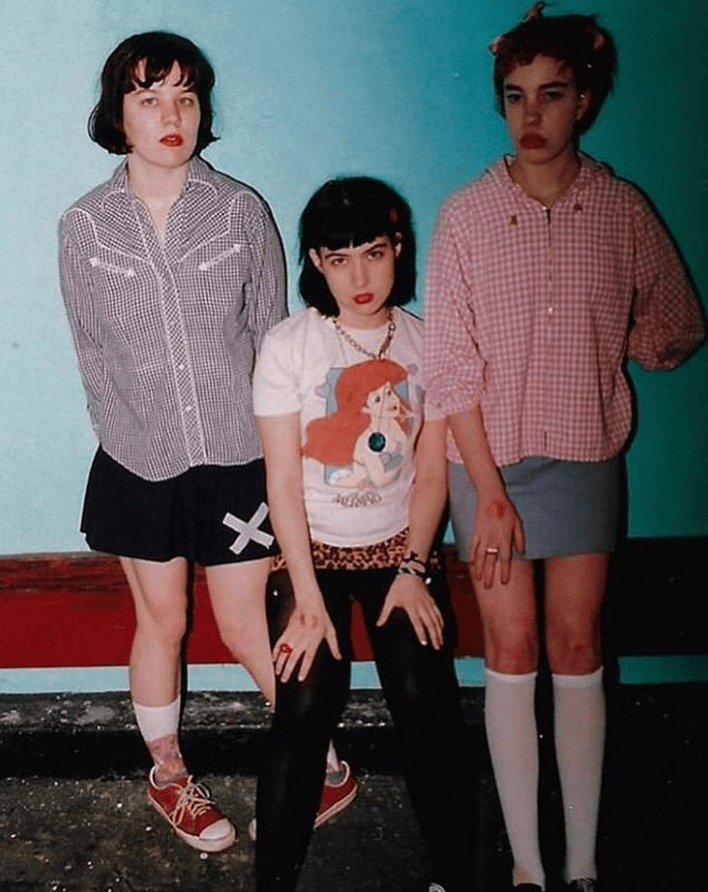 bikini-kill-one-of-the-biggest-punk-rock-feminist-bands-in-the-world